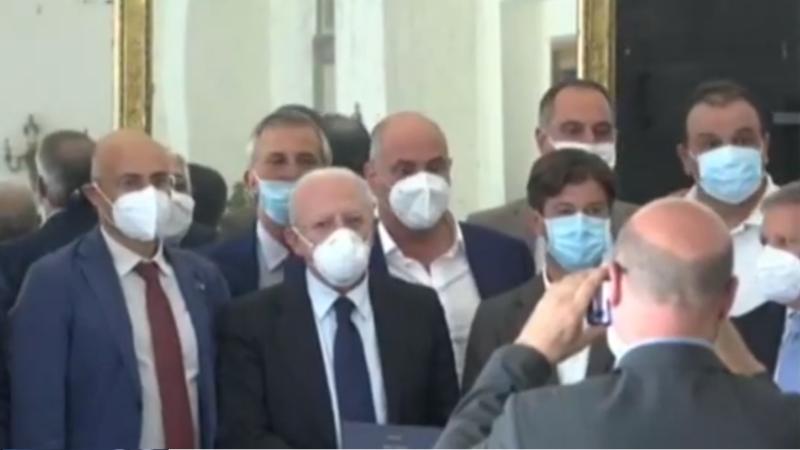 De Luca: «Nel 2021 amplieremo gli ospedali Rizzoli e Scotto di Perrotolo»